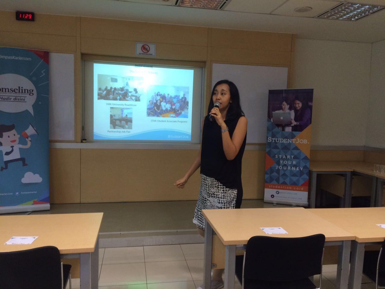 Annisa share student job