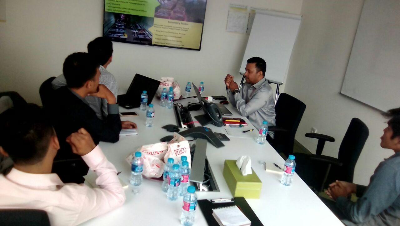 Briefing di Kantor BP sebelum keberangkatan ke Papua