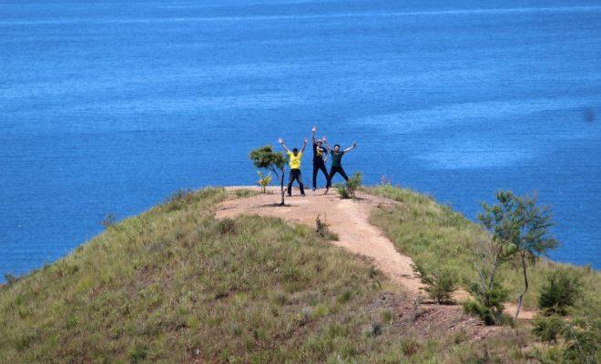 Keindahan Gunung Botak (Perjalanan Bintuni – Manokwari)